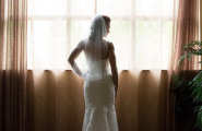 Bride_in_Ravensuite